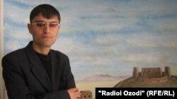 Täjik eksperti Rustam Saparow.