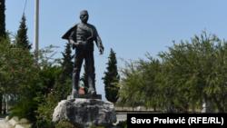 Përmendorja e heroit kombëtar shqiptar, Dedë Gjo Luli në Tuz të Malit të Zi.