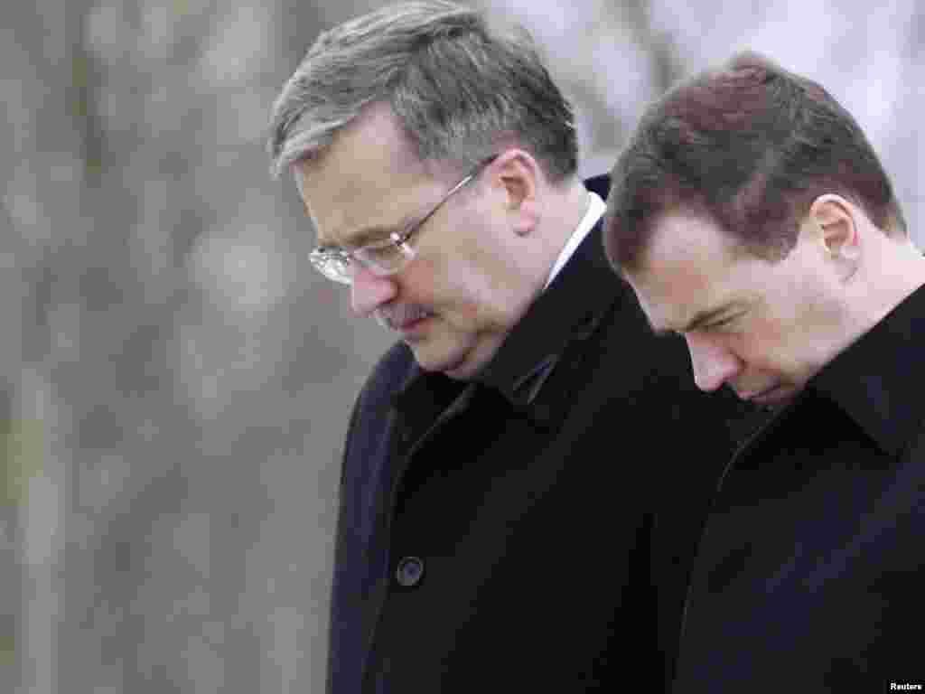 Бывший президент Польши Лех Качински и 95 членов правительства погилби в авиакатострофе под Смоленском 11 апреля 2010 г.