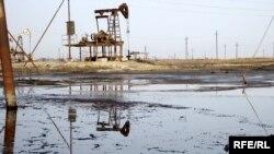 Azərbaycanda neft hasilatı