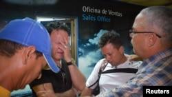 Родственники погибших при крушении самолета «Боинг-737», разбившегося 18 мая вскоре после взлета из аэропорта Гаваны.