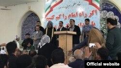 محمود احمدینژاد، رئیس جمهوری سابق ایران، روز چهارشنبه، دوم فروردین، در اهواز