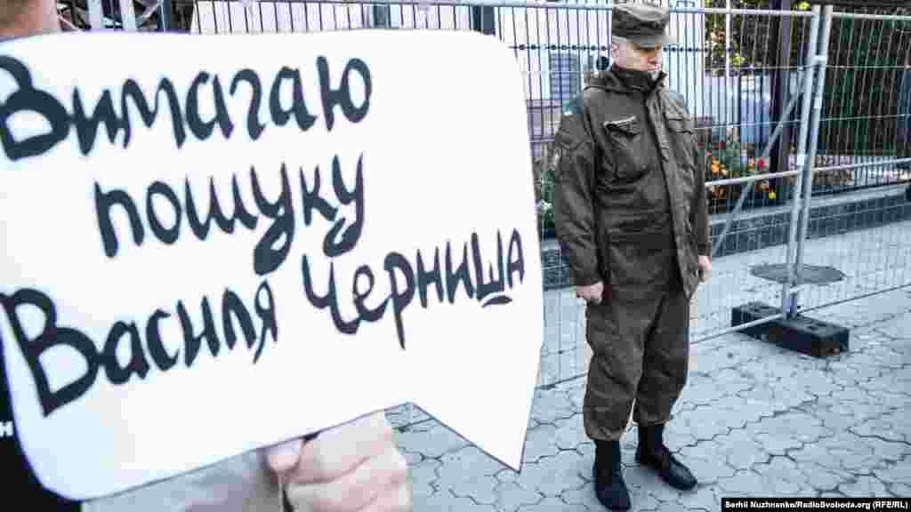 При этом в подконтрольном России Следкоме Крыма утверждают, что «массовых исчезновений крымских татар на полуострове нет»