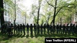 ОМОН на Никитском бульваре в день инаугурации Путина
