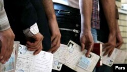 Голосування у місті Ардабіл (архівне фото, 12 червня 2009 р.)