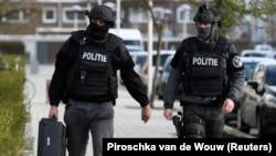 Прокурори наголосили, що серйозно розглядають терористичні мотиви як можливу причину стрілянини