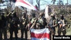 Беларускія добраахвотнікі, якія ваююць на баку Ўкраіны, архіўнае фота з Фэйсбуку