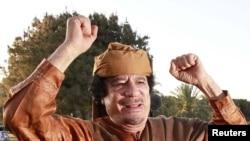 Муаммар Каддафи. Триполи, 10 апреля 2011 года.