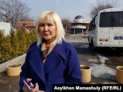 """Тіркелмеген """"Наше право"""" партиясының жетекшісі Санавар Закирова. Алматы, 9 наурыз 2019 жыл."""