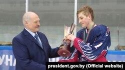 Аляксандар і Мікалай Лукашэнкі