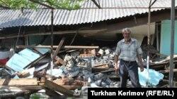 После землетрясения в Загатальском районе Азербайджана в мае 2012 года. Архивное фото