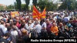 Архивска фотографија - поддршка на градоначалникот на Битола Владимир Талески
