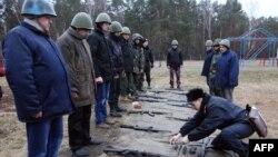Бойова підготовка добровольців Національної Гвардії України, Київ, 17 квітня 2014 року