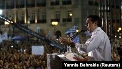 Aleksis Cipras na mitingu koji zagovara odgovor 'ne' na referendumsko pitanje, Atina