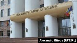 Parlament Moldove