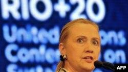 "Госсекретарь США Хиллари Клинтон на форуме ""Рио+20"""
