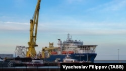 Russia's Akademic Chersky pipe-laying vessel in Germany's Mukran Port on May 30.