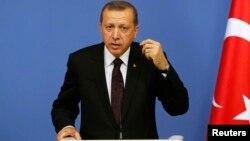 Թուրքիայի վարչապետ Ռեջեփ Էրդողանը ասուլիսի ժամանակ, Անկարա, 9-ը հունիսի, 2014թ․