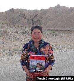 Турсунай Нааман, мугалим айым, Кең-Кыр айылы. 26.7.2015.