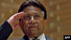 Pokiston sobiq prezidnti Parvyez Musharraf mamlakat siyosiy sahnasiga qatymoqda.