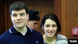 Мәхкәмәдә Никита Тихонов һәм Евгения Хасис