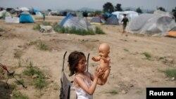 Djevojčica izbjeglica u Grčkoj, ilustracija