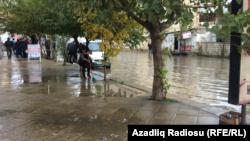 Bakı, yağış