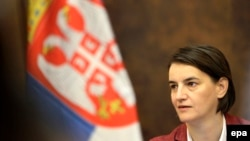 Premijerka je brzo savladala naprednjačku veštinu komunikacije sa javnošću: Ana Brnabić