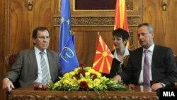 Средба на претседателот на Собранието Трајко Вељаноски со претседателот на Парламентарното Собрание на Советот на Европа Жан Клод Мињон.