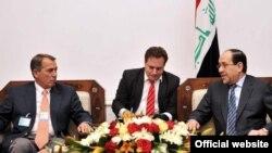 Ирачкиот премиер Нури Ал Малиќи и спикерот на Претставничкиот дом на САД Џон Бонер, на средба во Багдад