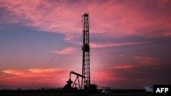 Перепроизводство нефти в мире в конце прошлого года уже составляло 1,5% общемирового спроса на нее, теперь оно превысило 2%.