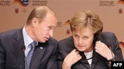 Putin is expected to discuss greater Russian access to European markets with German leader Angela Merkel. (file photo)