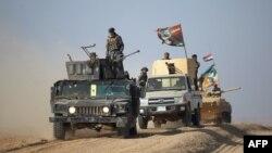 Ирак халықтық жасағының күштері Мосул қаласына таяп келеді. Ирак, 29 қазан 2016 жыл.