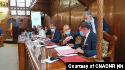 Semnarea contractului pentru construcția tronsonului Tg. Mureș-Ungheni-drum de legătură din autostrada Brașov - Târgu Mureș - Cluj – Oradea