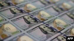 23% государственного долга США принадлежит центральным банкам и правительствам других стран