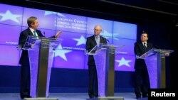 Predsednik Evropskog saveta Herman Van Rompej, irski premijer Enda Keni i predsednik Evropske komisije Žoze Manuel Barozo, Brisel, 28.7.2013.
