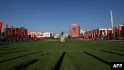Kip Skanderbega u središtu Tirane