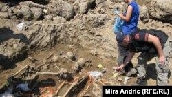 Posmrtni ostaci pronađeni na obalama Perućca kod Višegrada, foto: Mira Andrić