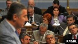 Skupština CG: Premijerski sat, 16.06.2010. Foto: Savo Prelević