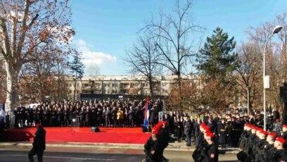 Defileu je prisustvovala i premijerka Srbije Ana Brnabić sa ministrima iz svog kabineta