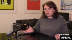 Юристка Олена Щербан: коли посадовець чи депутат їде в закордонне відрядження і воно оплачується запрошуючою стороною – це не вважаються подарунком