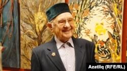 Хашим Мустаев