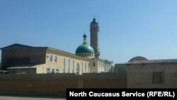 Настоящая битва развернулась вокруг старой шамхальской мечети