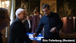 Талапкерлердин бири Франсуа Фийон.