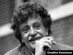 Amerikan yazıçısı Kurt Vonnegut