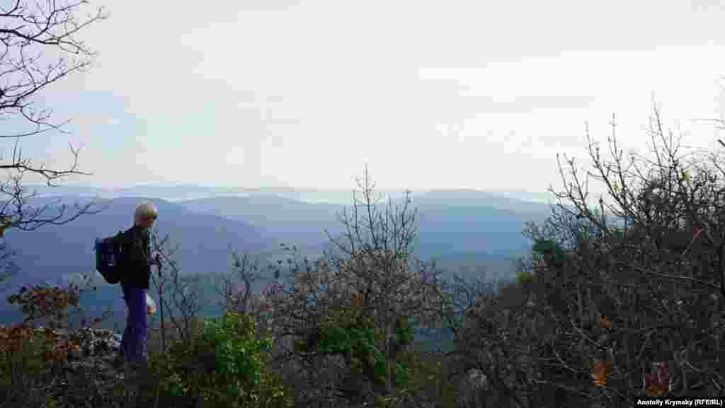 На краю східного схилу Алімової балки