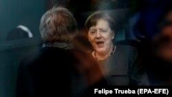 Меркель и Мэй 9 апреля в Берлине.