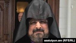 Епископ Саак Машалян