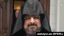 Епископ Саак Машалян (архив)