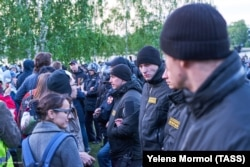 Riot police face off against protesters in Yekaterinburg.